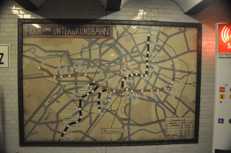 An old U Bahn map in the new U Bahn station.