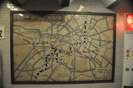 An old U Bahn map in the new U Bahn station.